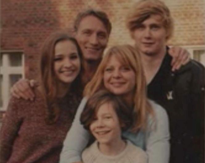 FAMILIA NIELSEN
