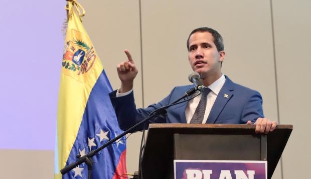 Guaidó ha sido vinculado por el régimen a este supuesto plan de derrocar y asesinar a Maduro. (Foto: AFP)
