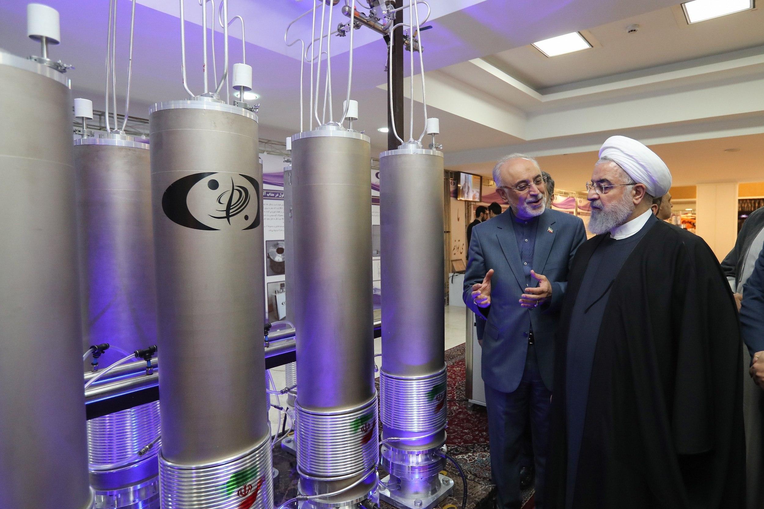 Hassan Rouhani junto a su ministro de exterioresMohamad Javad Zarif. (Foto: EFE)