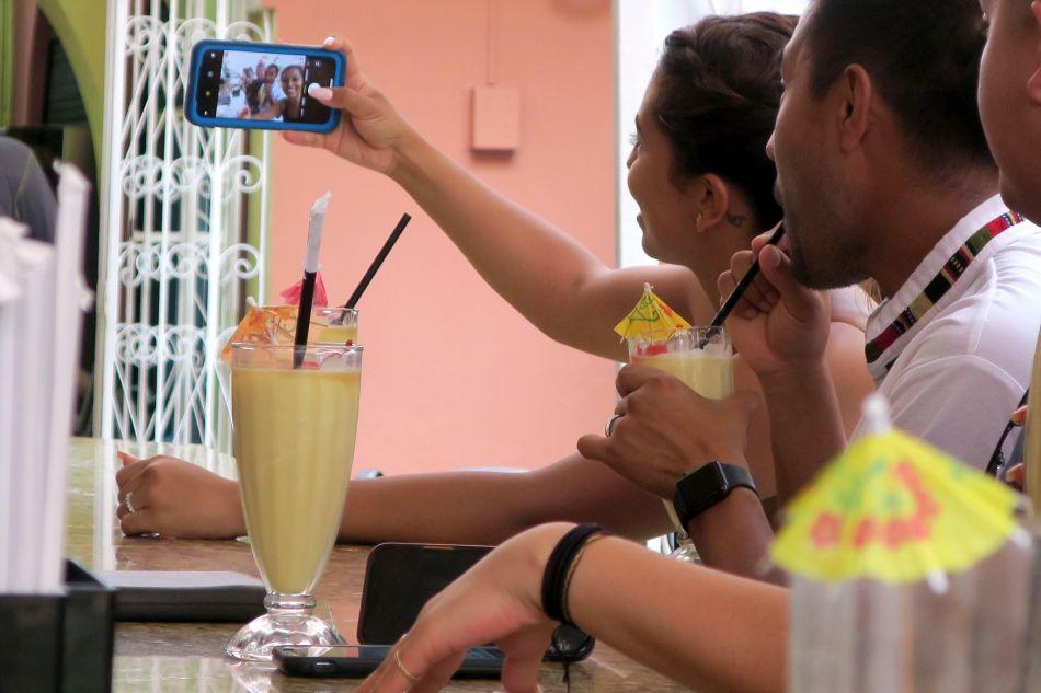 En el Viejo San Juan, Puerto Rico,  la piña colada es una famosa y popular bebida que lugareños y turistas no dudan en probar. (Foto: EFE)