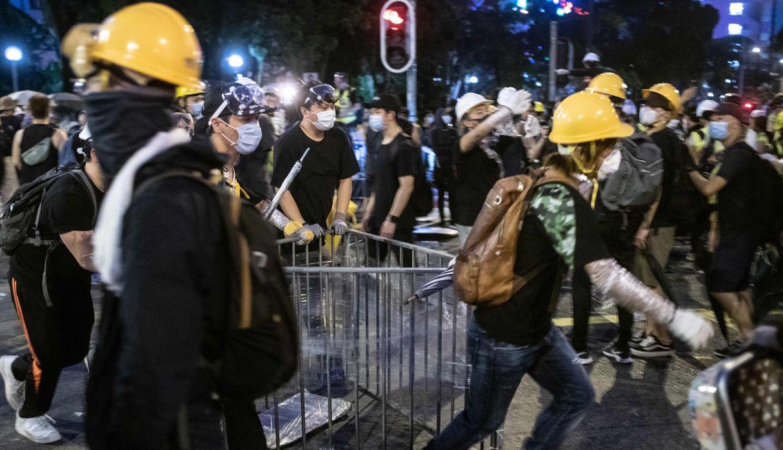 Así fue la violenta jornada de protestas en Hong Kong. (Foto: AFP)