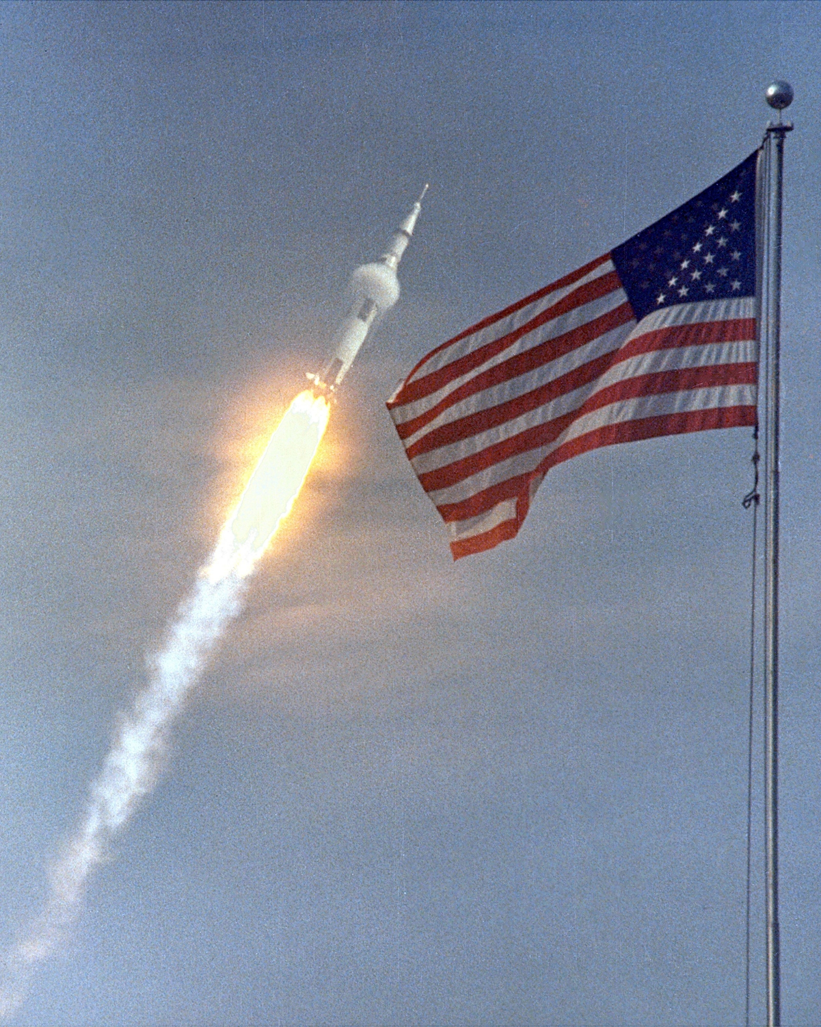 07/15/14. Photo of the launching of Apolo 11 in Cap Canaveral. (NASA)