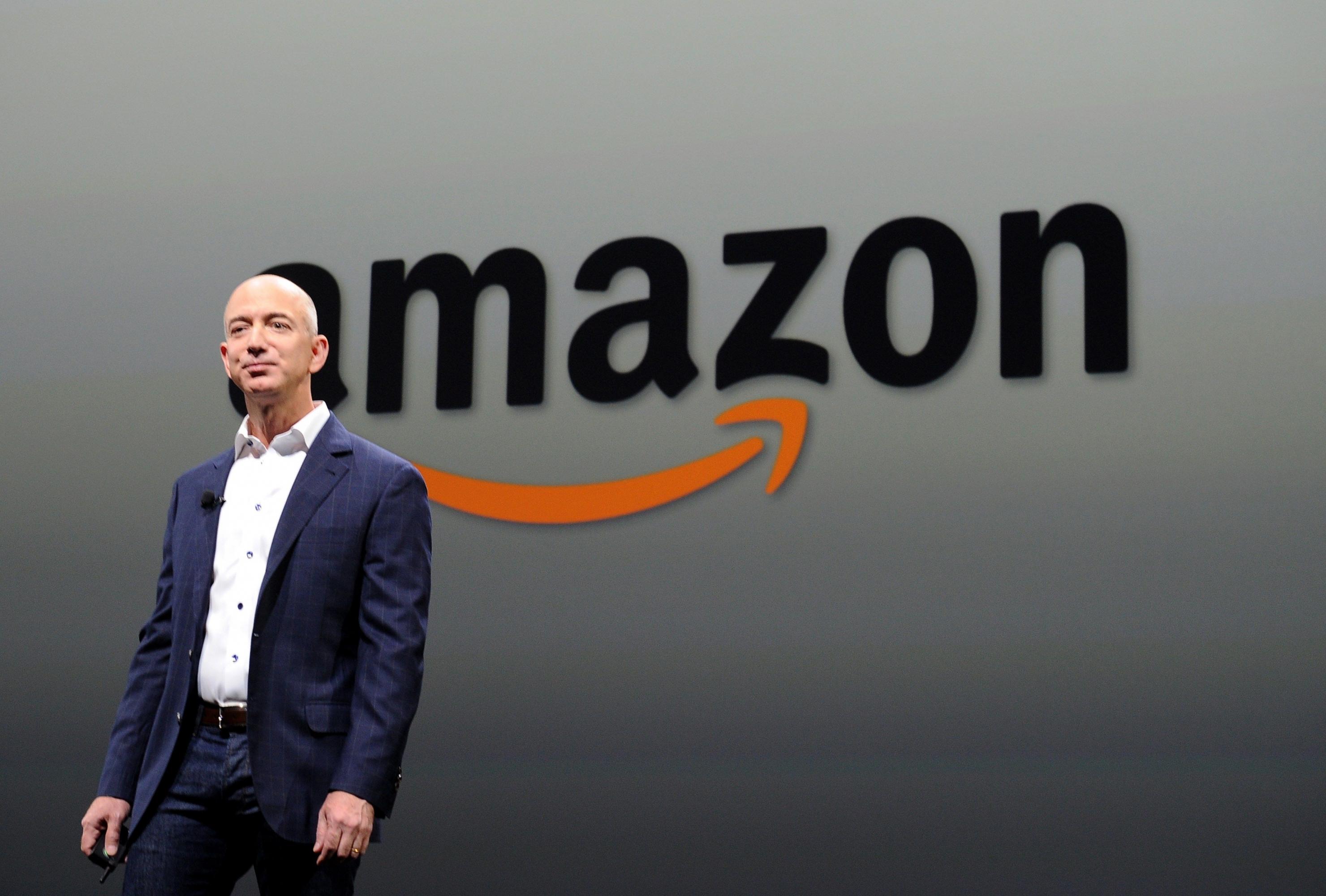 El multimillonario Jeff Bezos es el dueño de Amazon. (Foto: AFP)