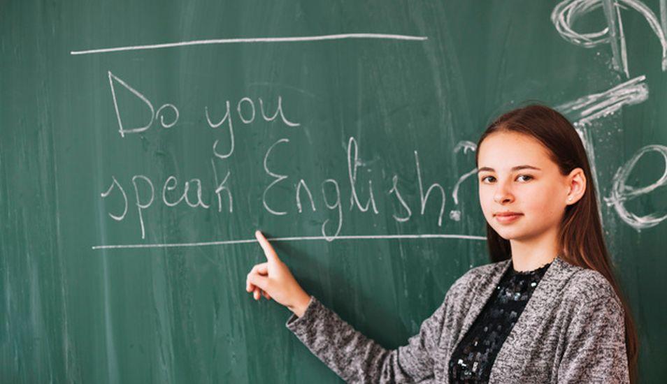 Si quiere crecer profesionalmente, el inglés le ayudara a abrir varias puertas. (Foto: Freepik)