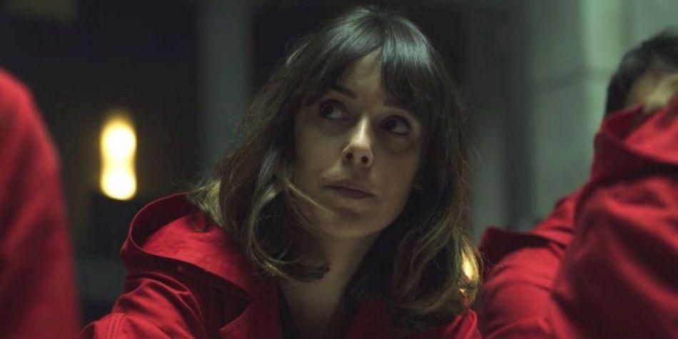 Muchos seguidores de la serie se quedaron con algunas interrogantes al ver entre los rehenes del Banco de España a la actriz Belén Cuesta (Foto: Netflix)