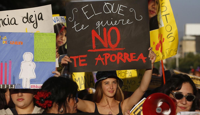 Año a año se realizan marchan contra la violencia hacia la mujer. (Foto: AFP/archivo)