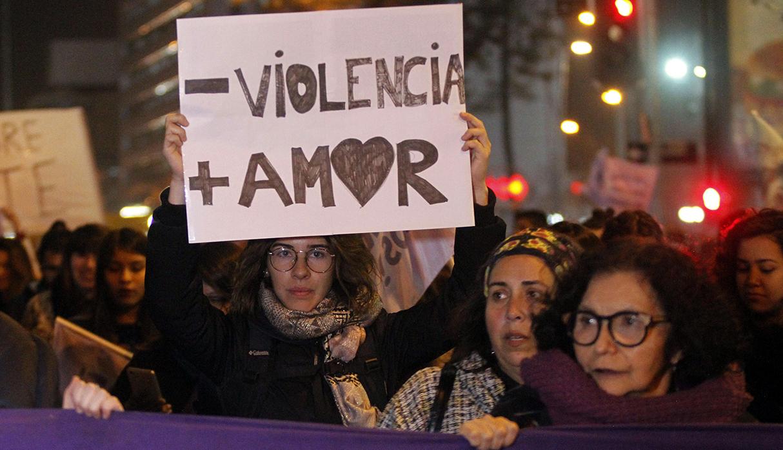 Estas protestas buscan disminuir las tasas de violencia física que sufren las mujeres. (Foto: AFP/archivo)