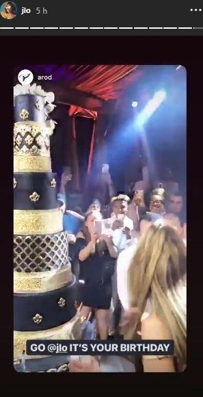Esta fue la impresionante torta de cumpleaños de Jennifer Lopez. (Foto: Instagram)