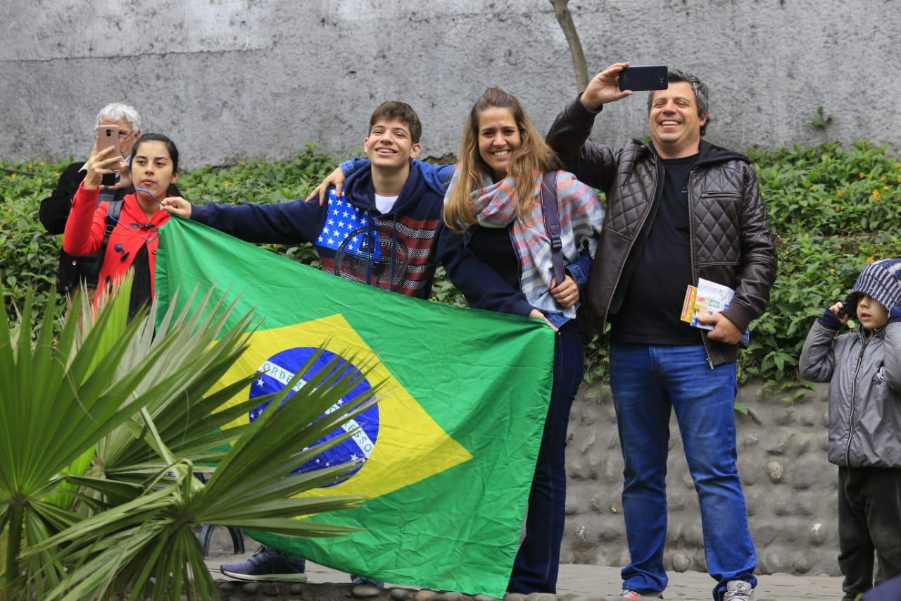Presencia de turistas que participaron en el recorrido de la antorcha. (Foto: Jessica Vicente)
