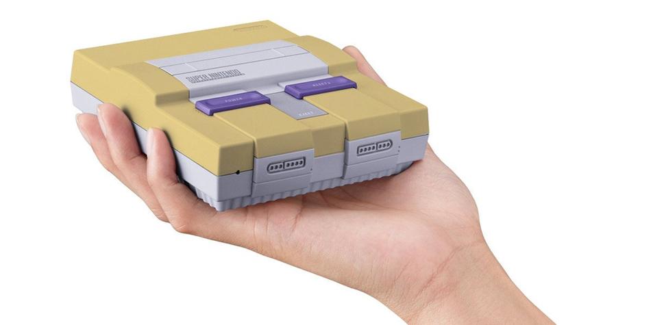 El color amarillo de los Super Nintendo no solo se debe al paso del tiempo, sino también a los componentes en que está hecha la consola. (Foto: Nintendo)