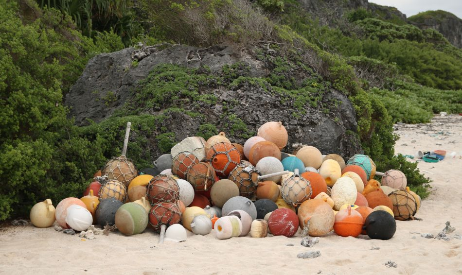 Isla Henderson es el lugar más contaminado por plástico en el mundo. (Foto: AFP)