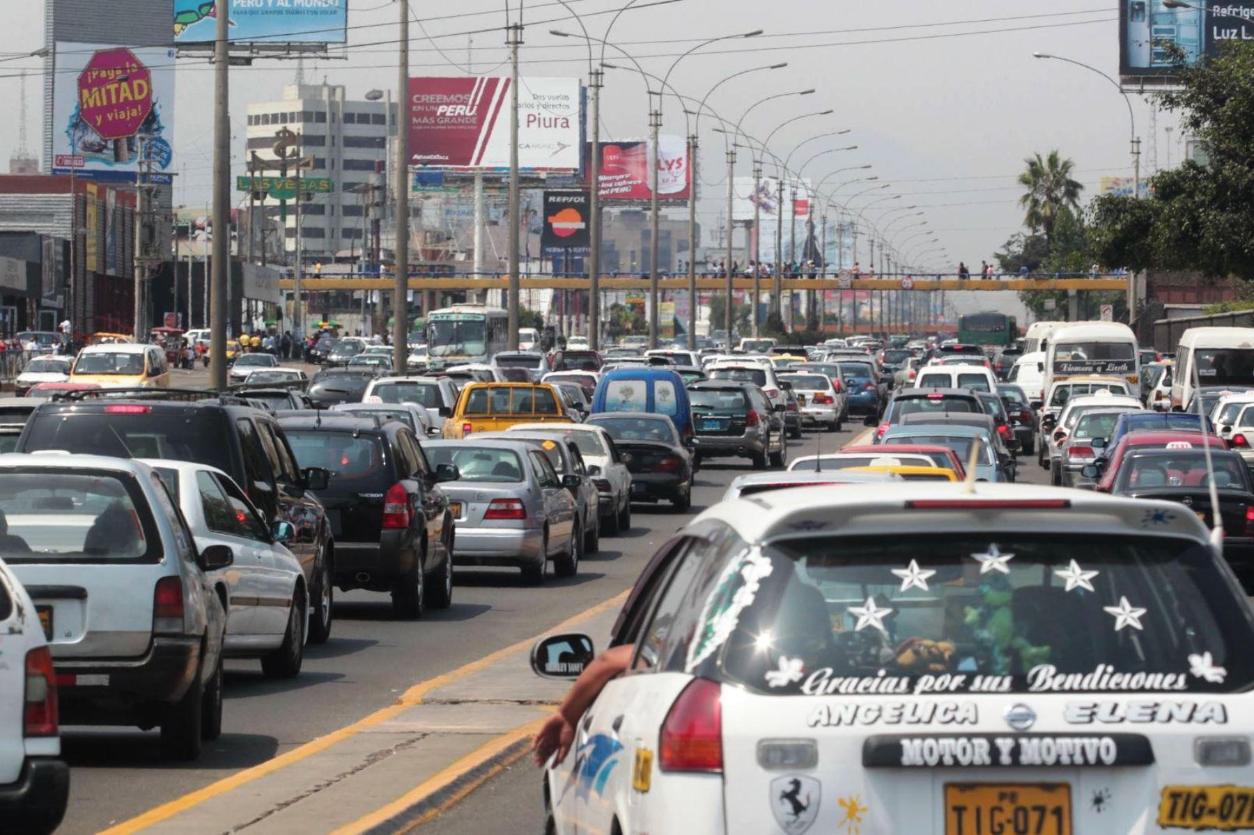 'Pico y placa' fue implementada en 1998 en Colombia. Posteriormente fue replicada en otras ciudades del mencionado país así como también en Ecuador y Venezuela. (Foto: Andina)