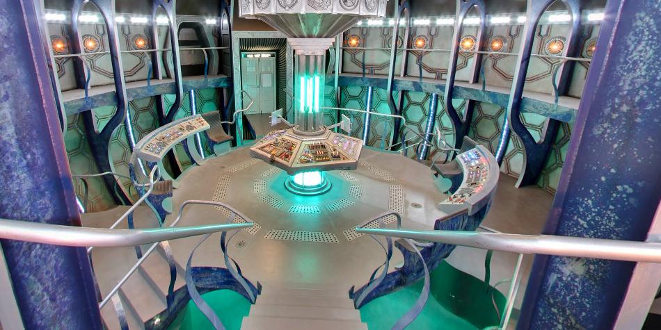 Google te permite ver el interior del TARDIS de Doctor Who, la máquina del tiempo en forma de cabina telefónica. (Foto: Google)