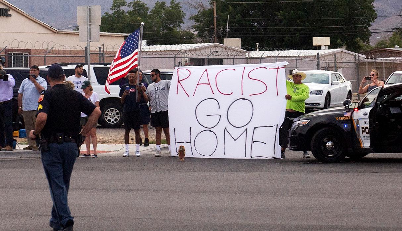 Las protestas en rechazo al tiroteo en El Paso no se hicieron esperar. (Foto: AFP)
