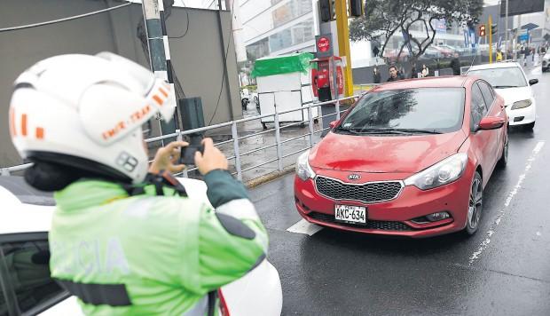 Desde el 5 de agosto inició la imposición de multas de S/ 336. (Foto: GEC)