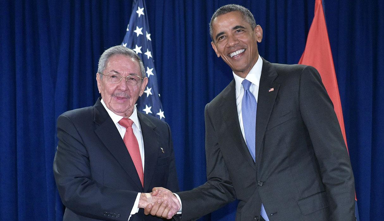 Barack Obama, cuando fue presidente de Estados Unidos, entabló relaciones con Cuba. Gracias a ello, la isla obtuvo importantes beneficios relacionadas a las remesas. (Foto: AFP/archivo)