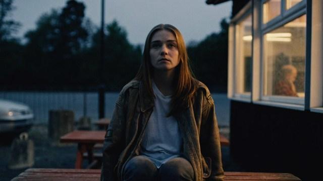 Jessica Barden interpreta a Alyssa, de 17 años, rebelde e inconformista. (Foto: Netflix)