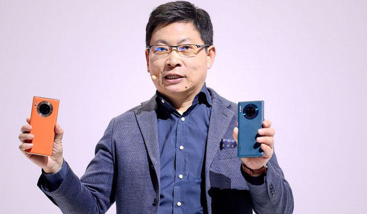 Huawei lanza sus nuevos smartphone con cuatro cámaras y renovados diseños.