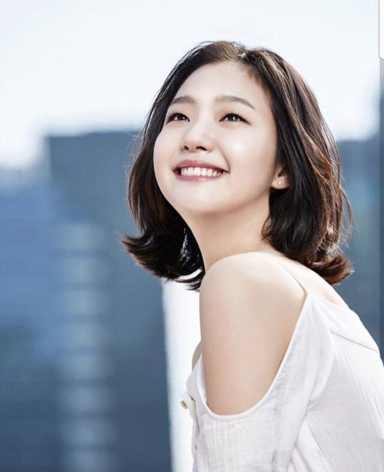 Kim Go-eun como Hong Seol. (Foto: TVN)