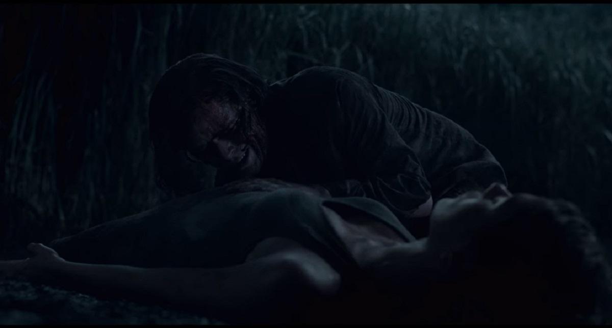 Becky perdió a su bebú y murió después de sacarle el otro ojo a Ross (Foto: Netflix)
