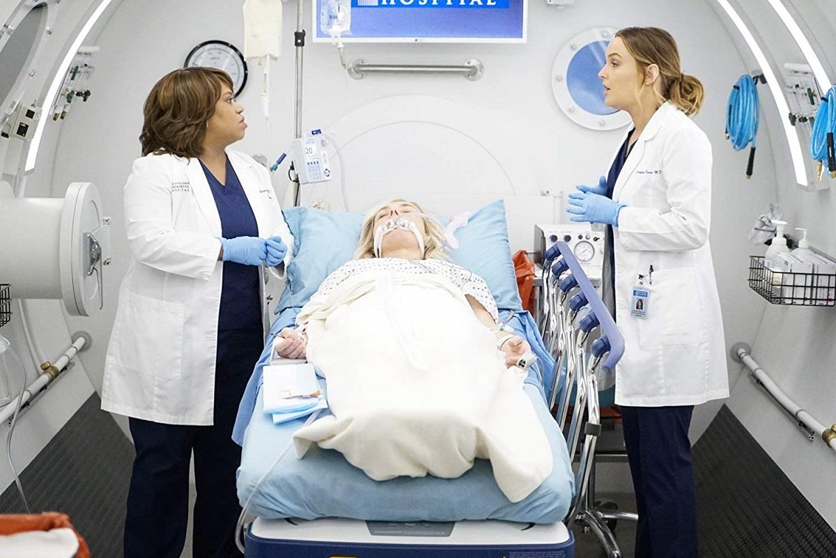 Bailey y Jo atienden un paciente del centro de tratamiento en el nuevo episodio de