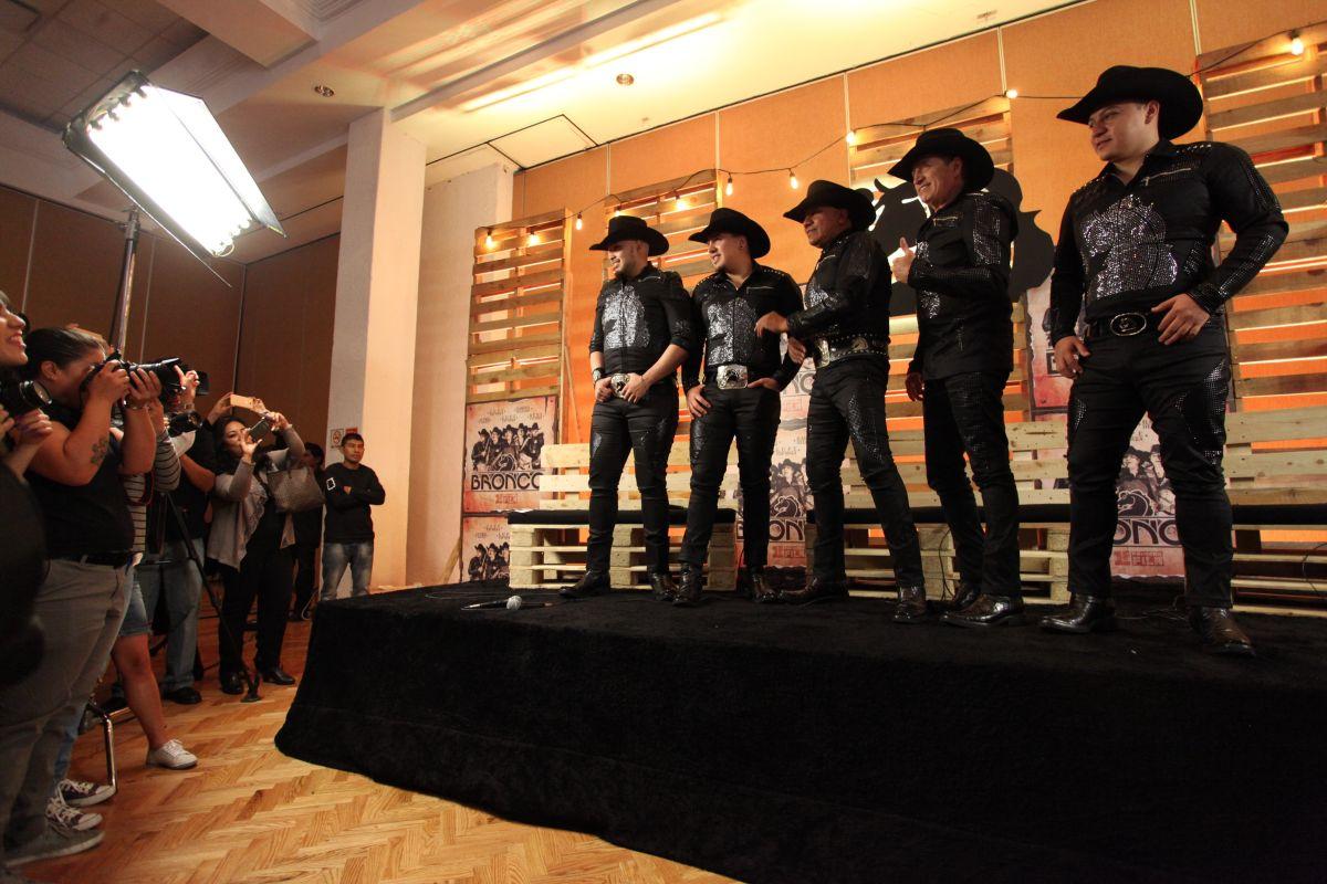 Bronco ha vendido más de 54 millones de copias y ganando variedad de premios y nominaciones. (Foto: EFE)