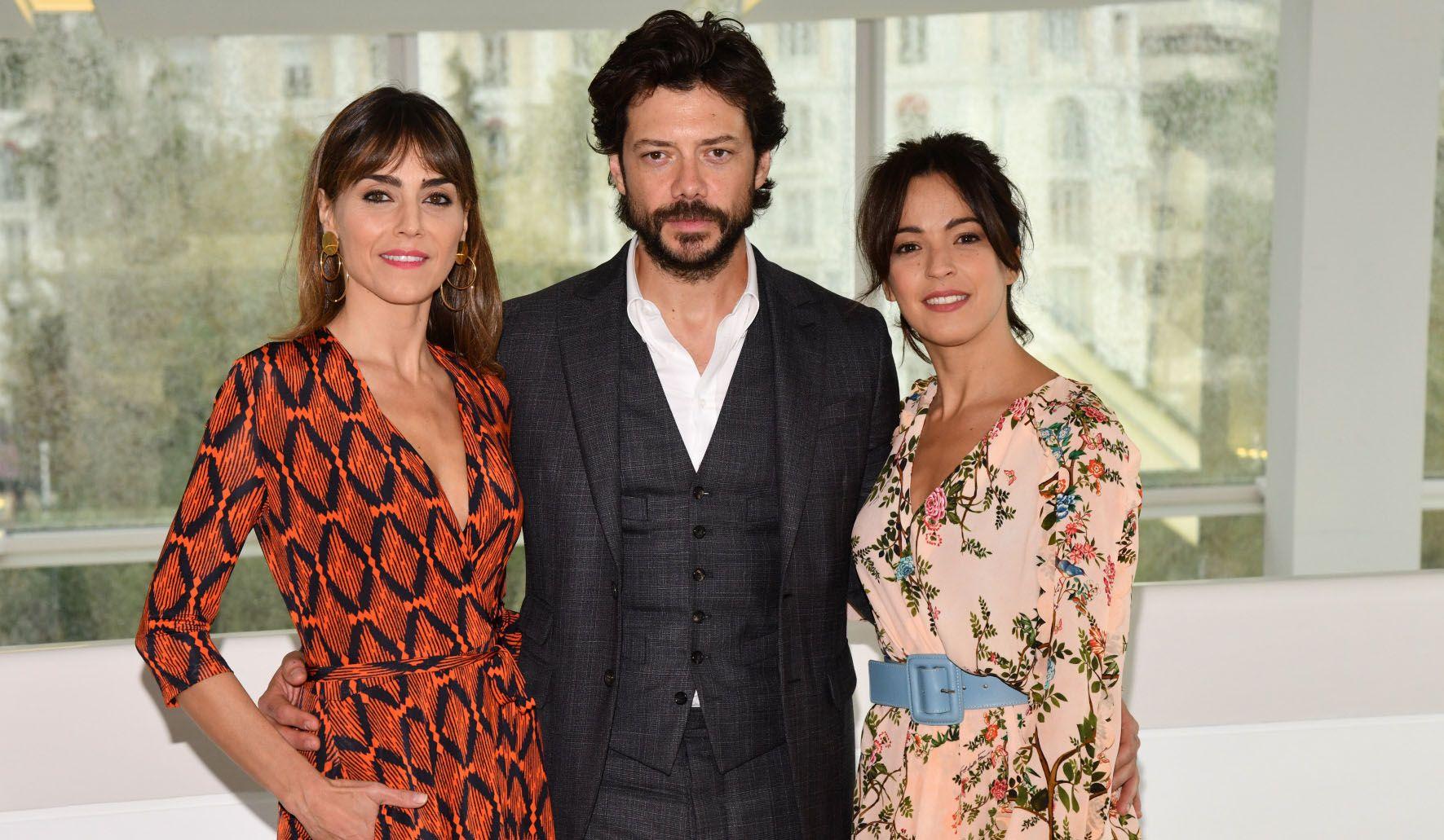 """""""El embarcadero"""" está protagonizada por Álvaro Morte, Verónica Sánchez e Irene Arcos. Foto: Movistar+"""