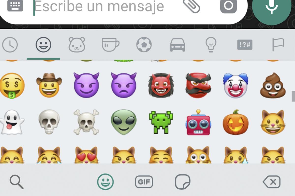 No es un simple robot. Este emoji quiere decir otra cosa. (Foto: WhatsApp)