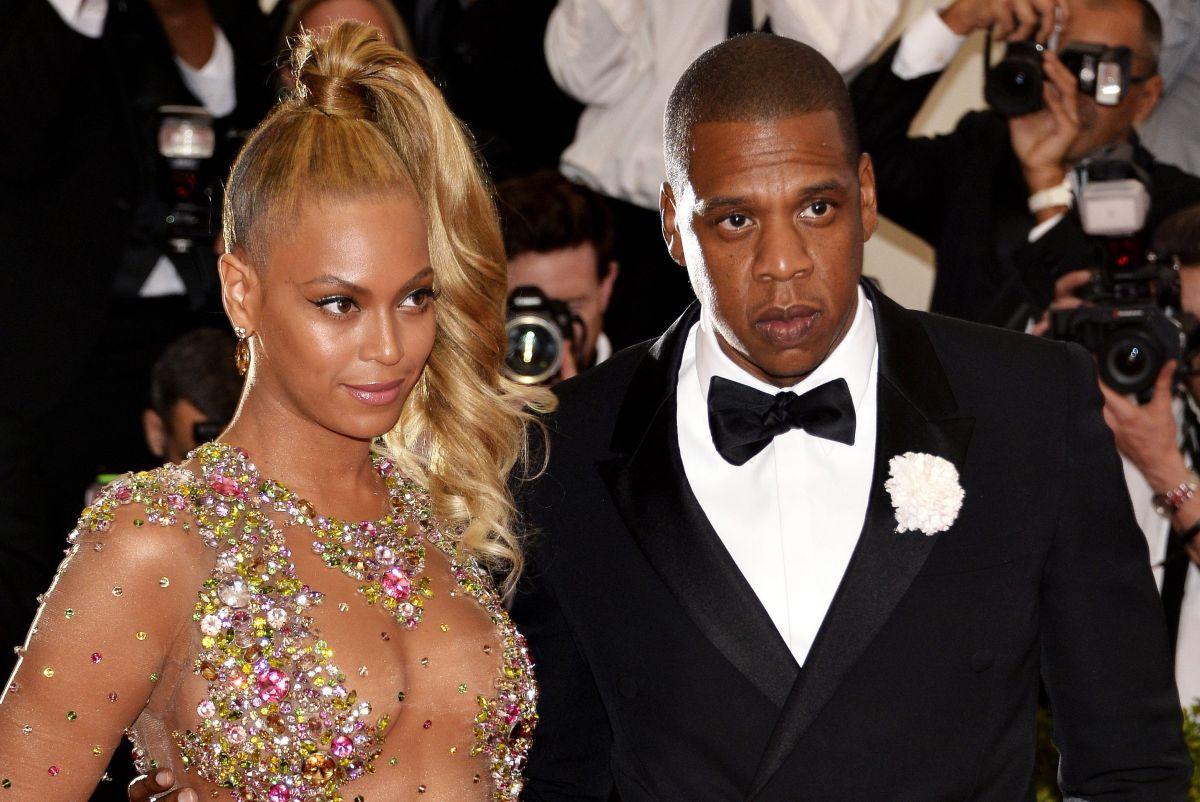 Jay-Z, pareja de Beyoncé, se mostró en contra de que la compañía se haya aprovechado de su imagen para generar ventas. (Foto: EFE)