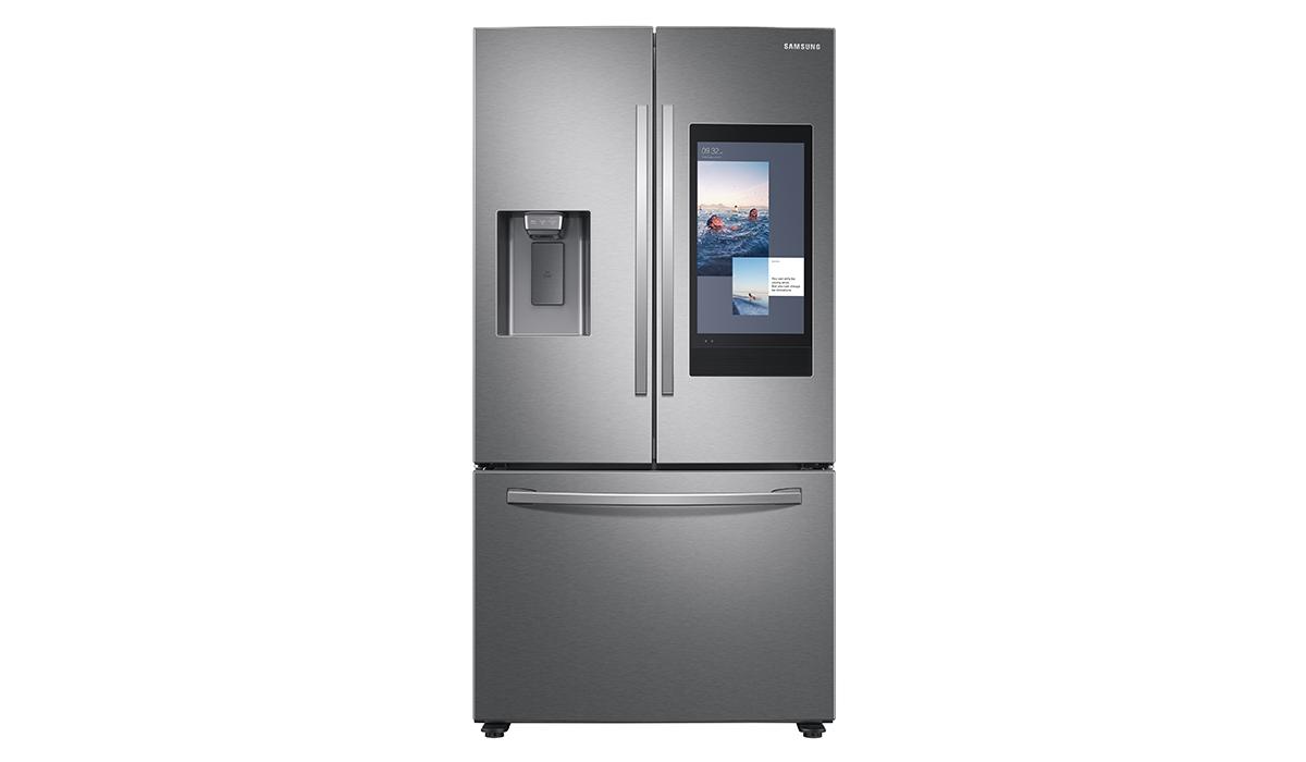 La última versión de Family Hub cuenta con cámaras mejoradas mediante IA dentro del refrigerador.