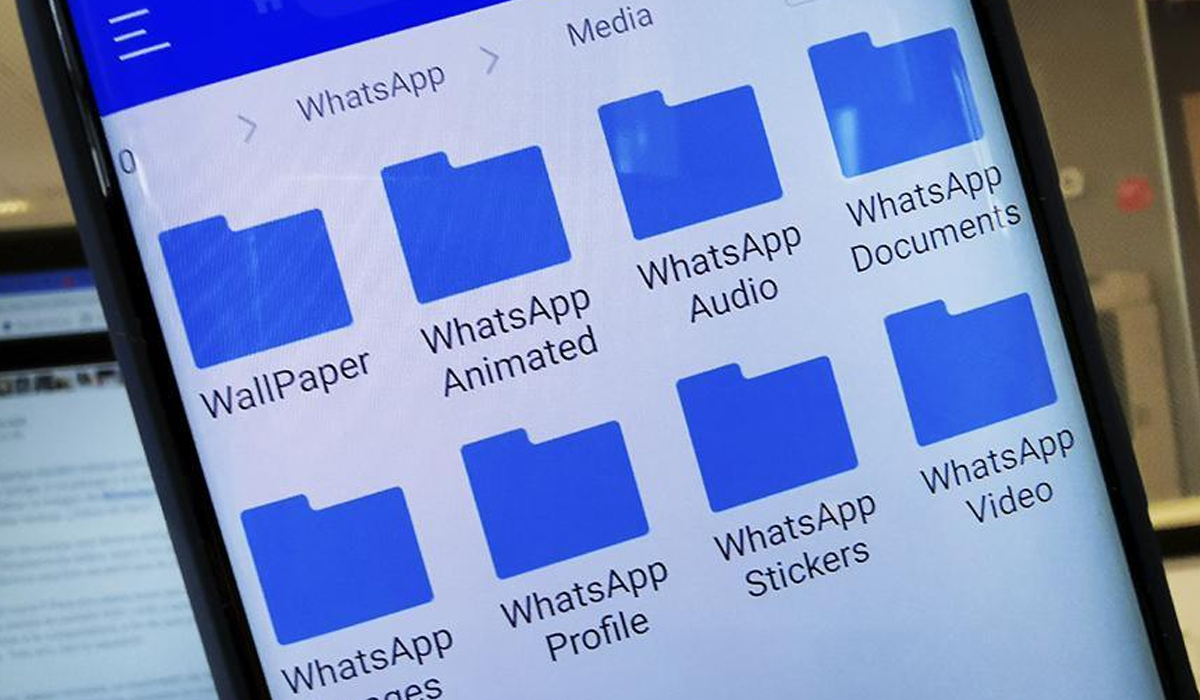 Para ayudarte, puedes usar la aplicación ES Explorador de archivos. (Foto: WhatsApp)